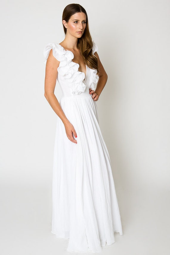 White Maxi Dresses for Beach Weddings