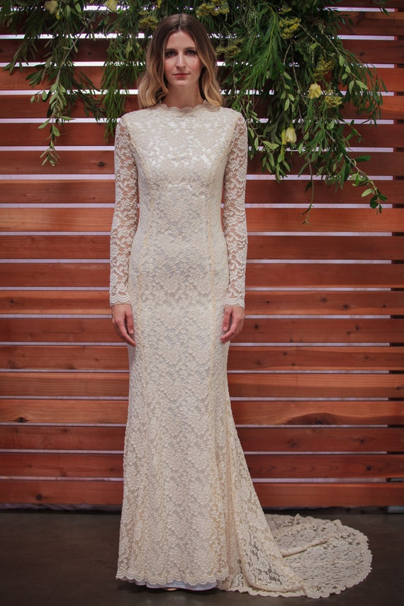 Classic Lace Wedding Dress with Long Sleeve. stretch | Etsy