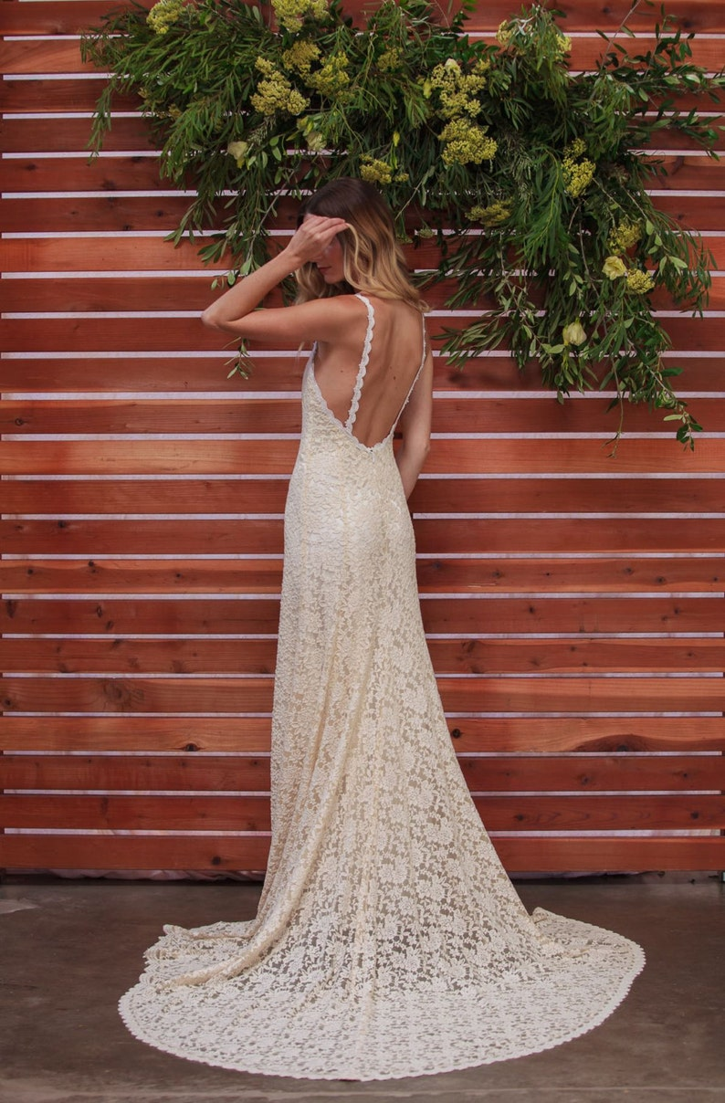 36c924d5fc Lace Backless Wedding Dress. Plunge Scallop Front. LOW BACK