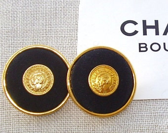 LARGE CHANEL BUTTON Black Satin With Co Co Head in Gilt