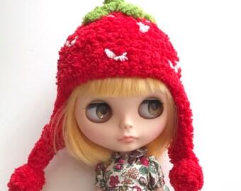 7ac505556a8 Neo Blythe Pullip Fal Dress Cloth Pullip Dal - Very Cute   Soft Sweet  Strawberry Knit Helmet Hat