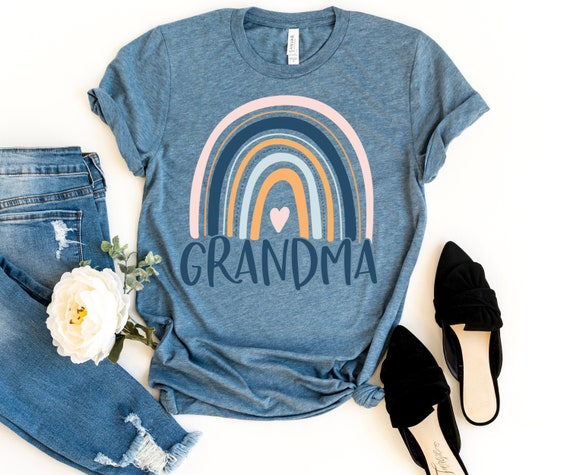 NANA Shirt Featuring a Hand Lettered Design and Rainbow Heart Rainbow Shirt Nana Shirt Nana Gift for Grandma Grandmother Love