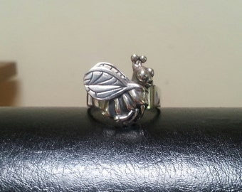 bumble bee ring,Sterling silver, boho,comic,insect,organic,nature,hand made
