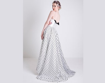 SALE Size 10, Black and white flocked polka dot tulle A-line wedding dress, with pale ivory v-neck bodice with darting detail & straps