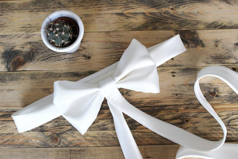 Ivory bridal sash belt with medium bow with tails image 0