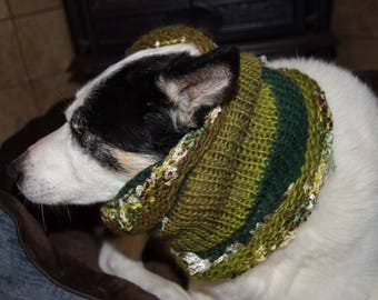 """Knit Winter Dog Scarf, Knit Dog Cowl Green   Size Medium Measures 15"""" Circumference by 13"""" Dress up your Pooch in Style"""