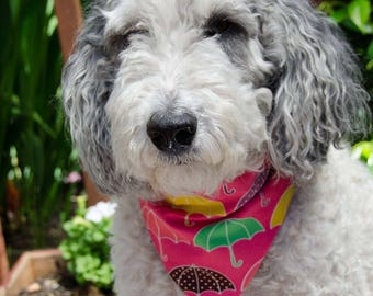 "Dog Bandana - Over the Collar - Pink Umbrellas -  Reversable - Size Medium -  Washable Cotton - Dog Scarf  - Puppy Bandana  10"" by 7"