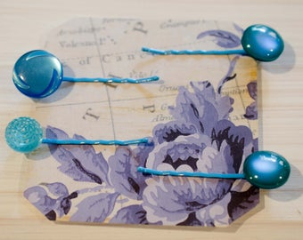 Turquise Button Bobby Pins = Aqua Hair Clips = Hair Accesory = Hair Jewelry = Button Hair Clip = Bobby Pin Set (4) = Gift For Her = OOAK