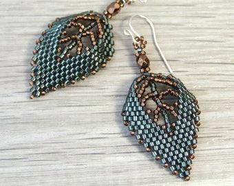 Green Leaf Earrings, Botanical Jewelry Dark Green Earrings Nature Earrings Beadwork Earrings Green Woodland Jewelry Unique Gift Leaf Jewelry