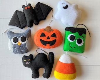 Halloween Decorations Felt Ornaments for tree / Jack O Lantern, Candy Corn, Ghost, Bat, Owl, Monster Ornament