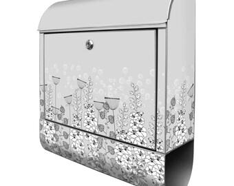 Design Briefkasten mit Wunschname und Zeitungsrolle Motiv Eichhörnchen