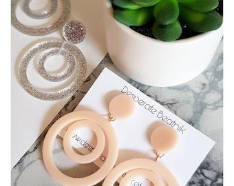 XL Acrylic Hoops Earrings   50s 60s style hoops earrings   studs or clipons   Silver glitter or Plain Peach