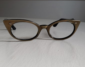 1250dc34a3d0 Vintage SRO U.S.A. Eyewear Bronze Colored Classic Cat Eye Glasses --- Retro  1950 s 1960 s Women s Accessory Frames -- Mid-Century Babe Style
