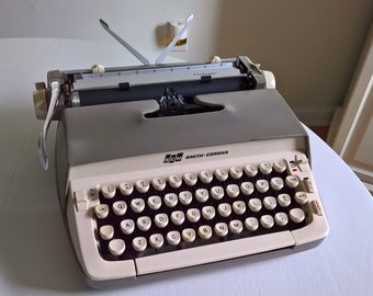 Vintage Smith-Corona Galaxie Typewriter --- Retro 1960's Writer Machine Office Home Decor --- Mid Century Mod Industrial Space Age Style