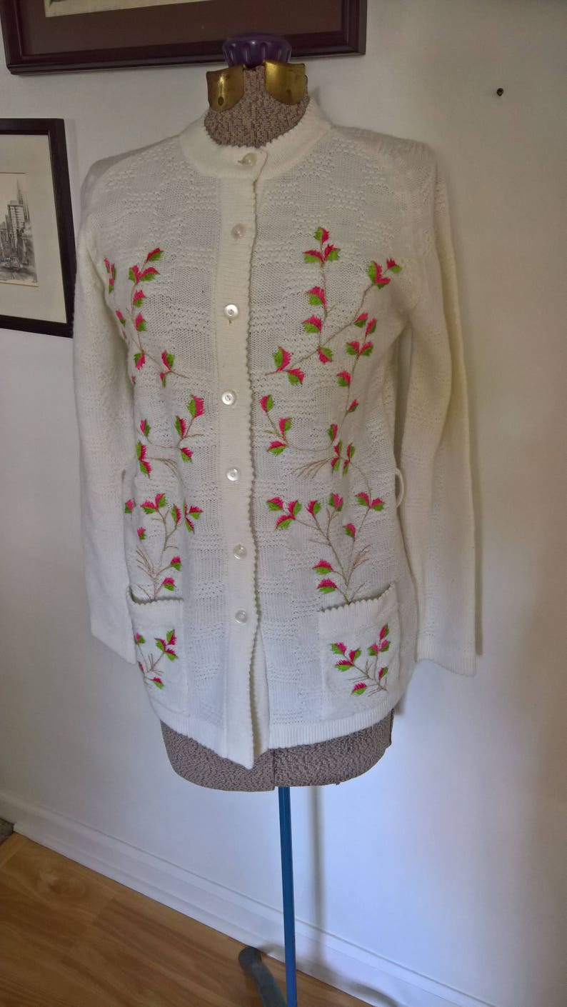 SALE Vintage Duet Creations Cozy Cardigan - Retro Sweetheart Darling Cute Sweater Embroidered Winter Fashion Warm 1950/'s Style Clothing
