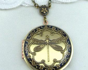 Vintage Dragonfly Brass Locket, Valentine Gift For Her,Dragonfly Pendant, Dragonfly Necklace. Wedding Locket.