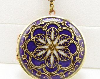 Vintage Dark Purple Filigree Flower Brass Locket, Memorial Locket, Photo Locket, Valentine Gift For Her, Wedding Locket