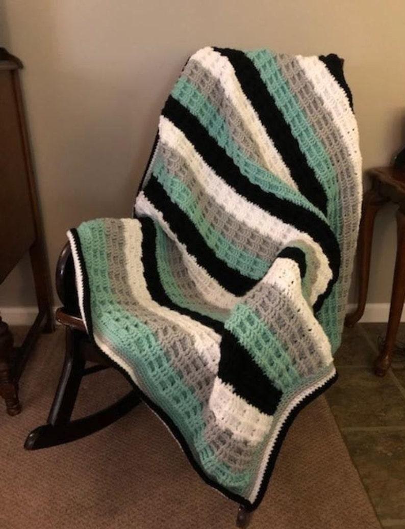 Crochet throw crochet blanket waffle stitch throw stripped image 0