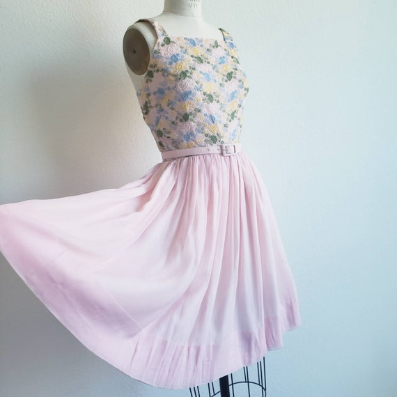 Vintage 50s Pink Minx Modes Dress With Embroidered