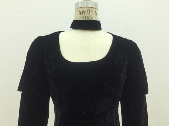 Vintage 90s Crushed Velvet Black Dress with Leg O… - image 4