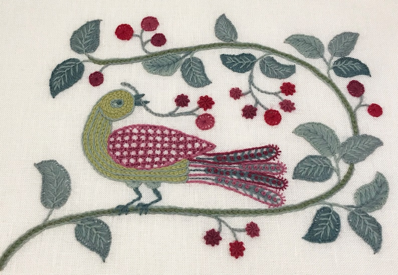 Crewel Embroidery Kit  'Very Very Berry' image 0