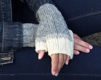 Winter gloves, fingerless wool gloves, men women, light grey, sheep grey, of white, Canadian wool, handmade knitted