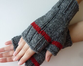 Fingerless wool gloves-men-women-wool from Canada-medium grey-red line-hand-knitted