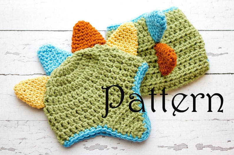 4b7a87243de Crochet PATTERN Newborn Dinosaur hat and diaper cover Photo Prop Set ...