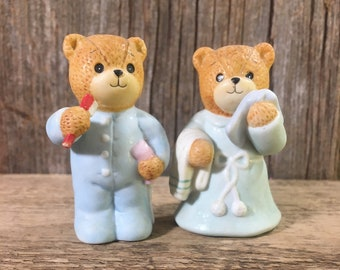 Vintage Lucy Rigg pair of bears, little girl and boy bears, vintag figurines, vintage 1986 Enesco bears, Lucy Rigg getting ready for bed