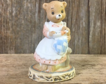 Honey Bears by Geo Z. Lefton Co 1983, Mommy and baby bear, perfect gift for the new Mom in your life, Honey Bears 03584, bear figurine