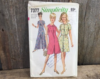 Vintage Simplicity pattern from 1967, Simplicity 7377, Simplicity half sizes size 16 1/2 pant dress sewing pattern vintage 1960's pant dress