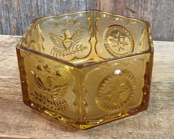 Hexagon Amber Indiana glass Colonial coin pattern with eagles and stars, Fostoria pattern, glass patriotic pattern candy dish,amber decor