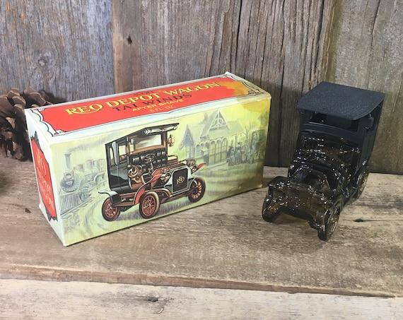Vintage Avon decanter, Avon 1906 REO Depot Wagon, Vintage Avon, Avon display, Avon Collectors decanter in original box, Avon calling