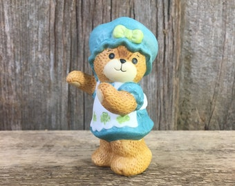 Vintage Lucy and Me bear,  Enesco Lucy and me bear, 1985 Lucy and Me collectors bear, Lucy and Me little girl bear and bonnet,bear collector
