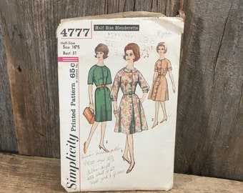 Vintage Simplicity 4777 pattern, super from the 60's, cut Simplicity  half size slenderette one piece dress with two skirts