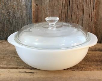 Vintage Pyrex casserole with lid 1 1/2 quart, 1.5 quart white milk glass Pyrex casserole with glass Pyrex lid, vintage white Pyrex