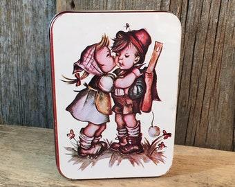Vintage Hummel tin, small little Hummel tin made in Hong Kong, mid 70's Hummel decor, Hummel collectors tin, collectors Hummel boy girl tin