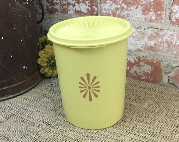 Vintage Tupperware Golden Harvest Yellow canister, Tupperware 811-3 yellow canister,Tupperware Servalier canister,1970's Tupperware canister