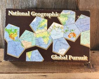 National Geographic game, vintage National Geographic Global Pursuit game, never been played from 1987, games from the 80's, game collector