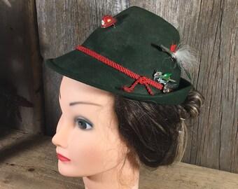 German Alpine hat, vintage traditional Austrian mountain hat, German mountain hat with pins, vintage green mountain hat, German decor