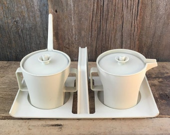 Vintage Tupperware cream and sugar push and seal lids with caddy, Tupperware push and seal lids, vintage kitchen containers, vintage kitchen