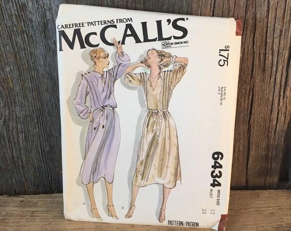 Vintage McCalls 6434 size 12, Carefree pattern McCalls pattern size 12, McCalls pullover dress, 1979 sewing pattern, 1970's  dress pattern