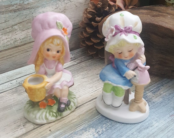 Super cute pair of Seymour Mann Lovables figurines,little porcelain girl figurines,vintage little porcelain figurines,Seymour Mann figurines