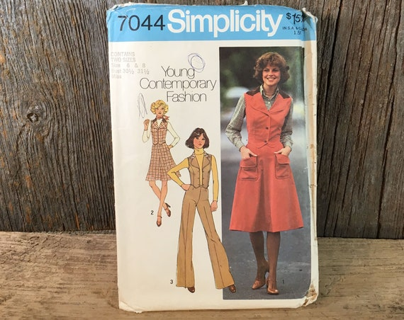 Vintage Simplicity pattern , Simplicity 7044 sewing pattern size 6 & 8 , 1975 Simplicity skirt, vest and pants, young contemporary fashion