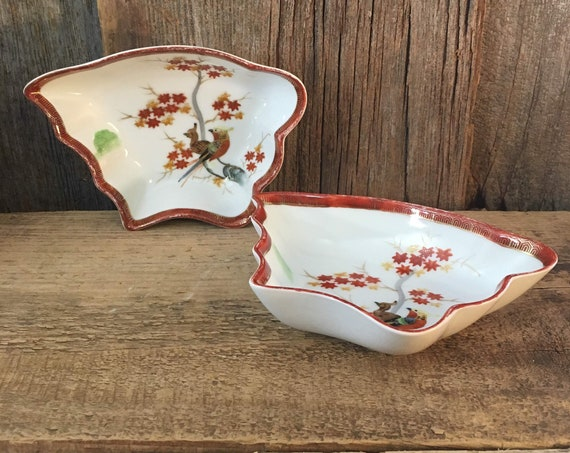 Vintage Kutani China appetizer bowls, Vintage Kutani China bowls with peacocks and parakeet designs, hand painted Kutani China, Asian Decor