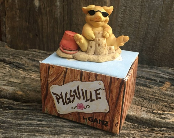 Pigsville by Ganz, 1993 Sandcastle Pigsville figurine, pig collectable, Pigsville collectable, pig lovers gift, supre cute pig on a beach