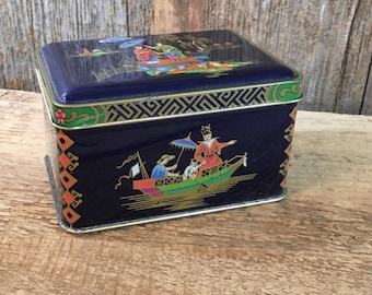 Daher tin, vintage Daher Asian tin from the 1970's, Daher hinged decorator tin, Oriental themed Daher collectors tin made in England
