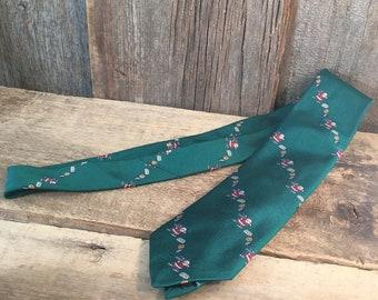 Santa Claus Christmas tie, vintage Robert Talbott tie, Hand sewn Robert Talbott for The Hound tie, vintage Christmas tie with Santa Clause