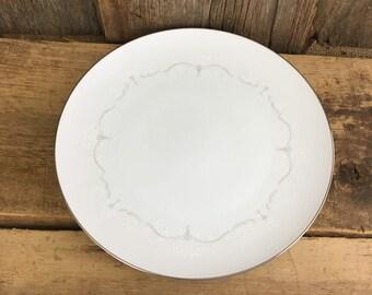Noritake Whitebrook plate, replacement Noritake Whitebrook dinner plate, NWHI Noritake, platinum rim Noritake dinner plate, Noritake plates