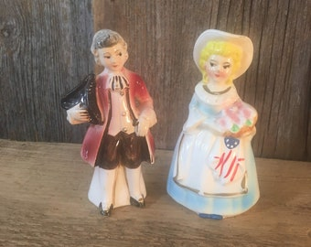 Vintage Colonial Salt and Pepper shakers, made in Japan Victorian salt & pepper shakers, salt and pepper shakers,mid century salt and pepper